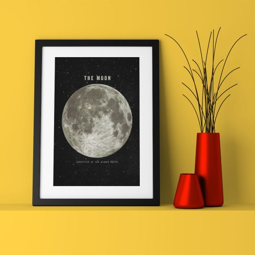 The Moon Çerçeveli Poster