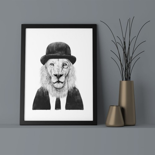 Şapkalı Aslan Çerçeveli Poster