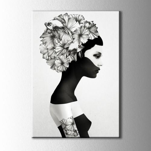 Siyah Beyaz Balıklı Kadın Kanvas Tablo
