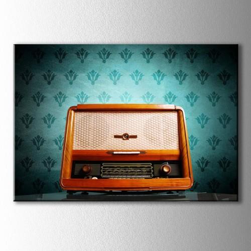 Retro Mavi Duvar Önü Ahşap Radyo Kanvas Tablo