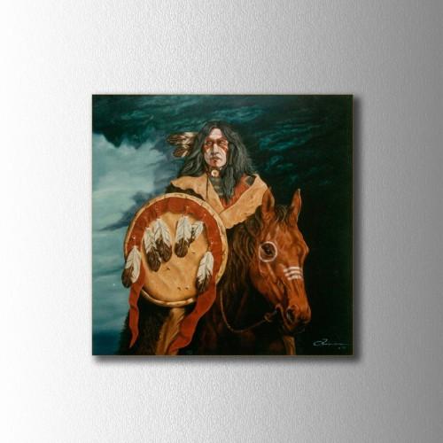 Kızılderili Adam ve Kalkanı Kare Kanvas Tablo