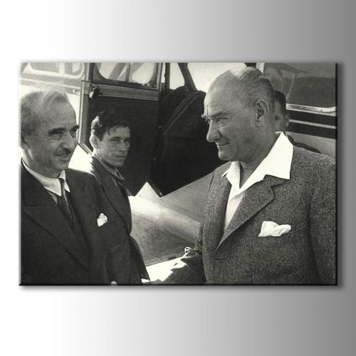 Atatürk Portre Yağlı Boya Görünümlü Kanvas Tablo