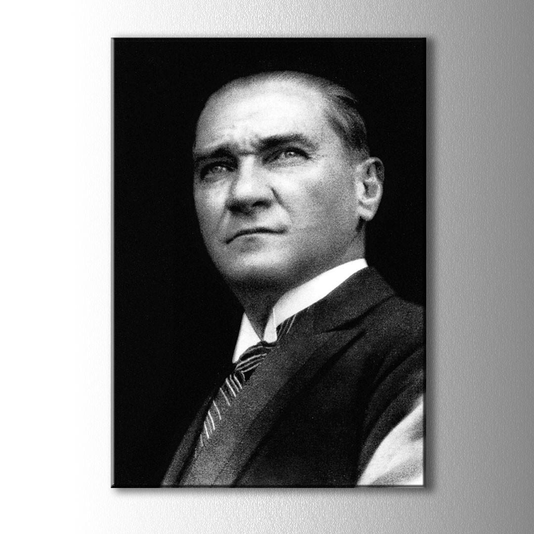 Siyah Beyaz Atatürk Portre Kanvas Tablo
