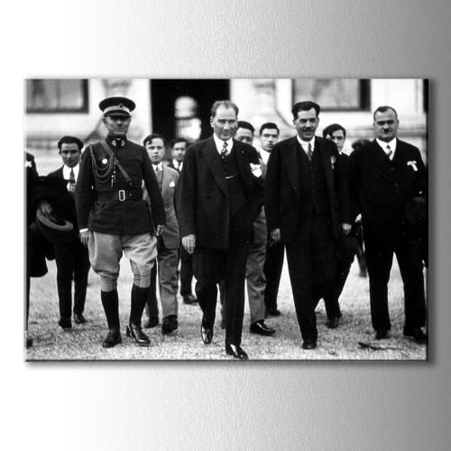 Atatürk ve Vekiller Kanvas Tablo