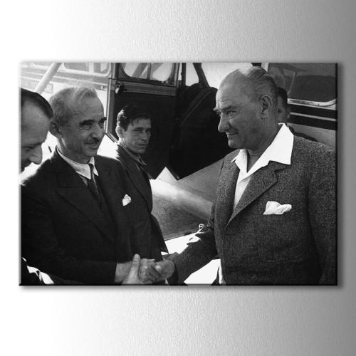 Atatürk ve İsmet İnönü Kanvas Tablo