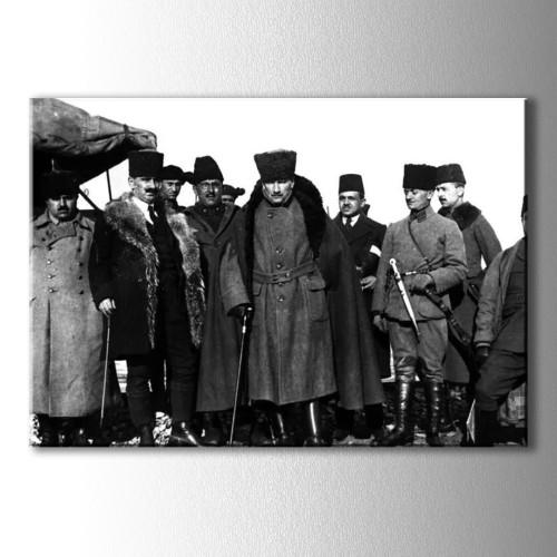Cephede Komutan Atatürk Kanvas Tablo
