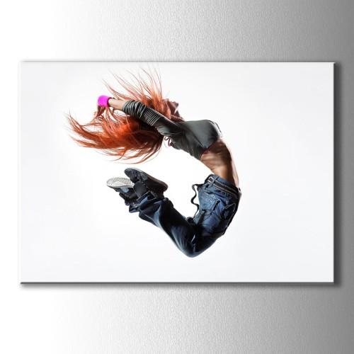 Dans Eden Kızıl Saçlı Kız Kanvas Tablo