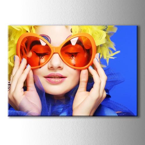 Gözlüklü Kız Kanvas Tablo