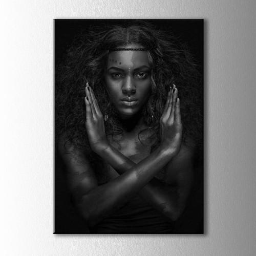 Gümüş ve Siyahi Kadın Portre Kanvas Tablo